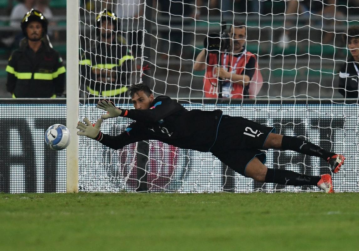 Milan, Galliani: «Rinnovo Donnarumma? Raiola è oste caro»