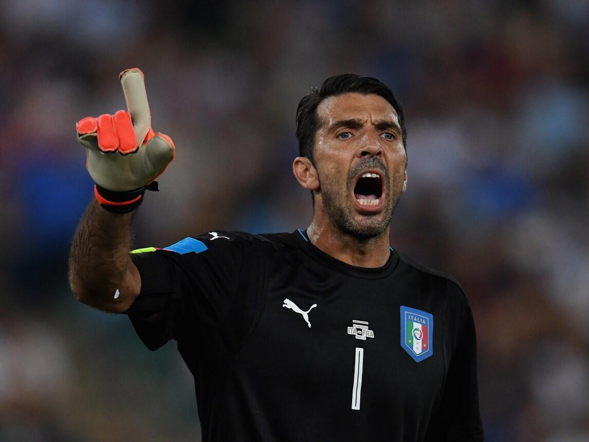 "Italia, Buffon idolo in Francia: ""salva"" la Marsigliese"