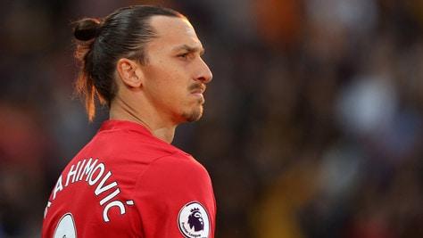 Premier League, derby di Manchester. Ibrahimovic provoca Bravo: «Allenati!»