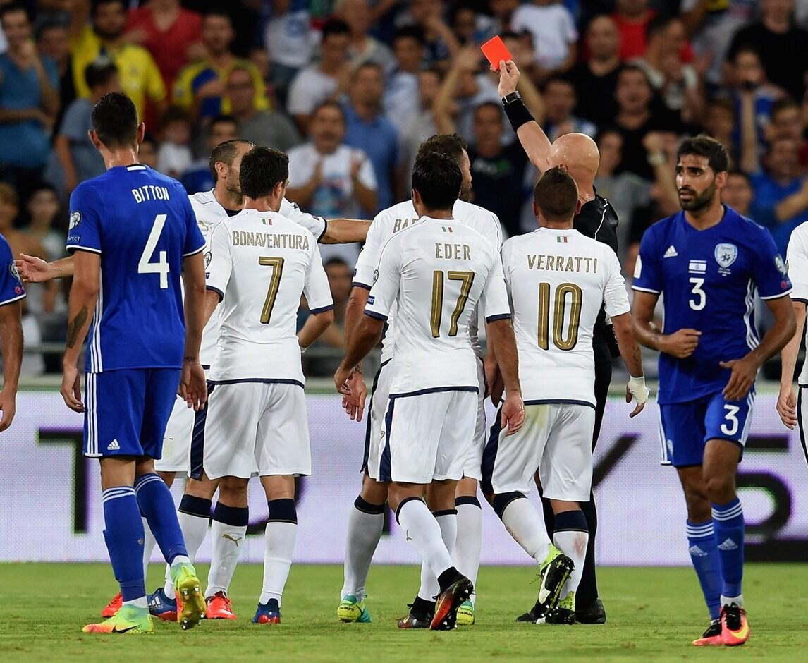 Chiellini: «Una serata no per me. Ma che forte l'Italia!»