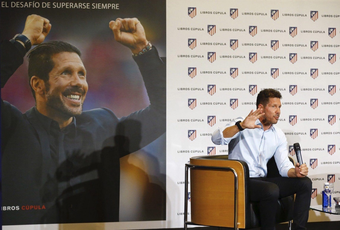 Simeone: «Griezmann raggiungerà il livello di Messi e Ronaldo»