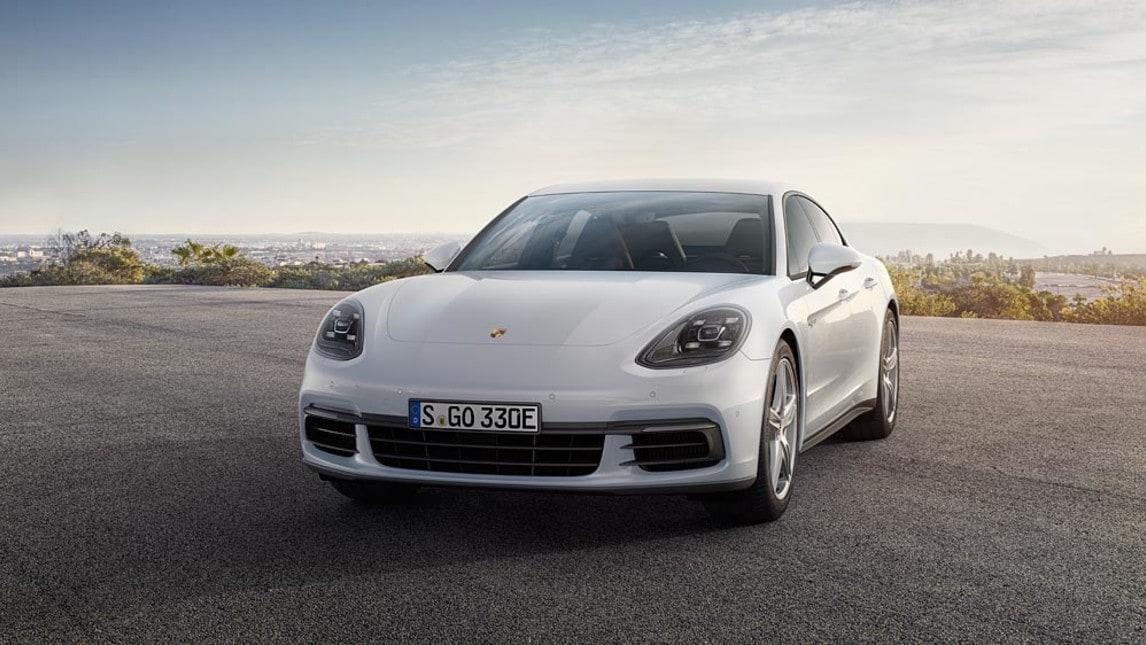 Nuova PorschePanamera 4 E-Hybrid: foto