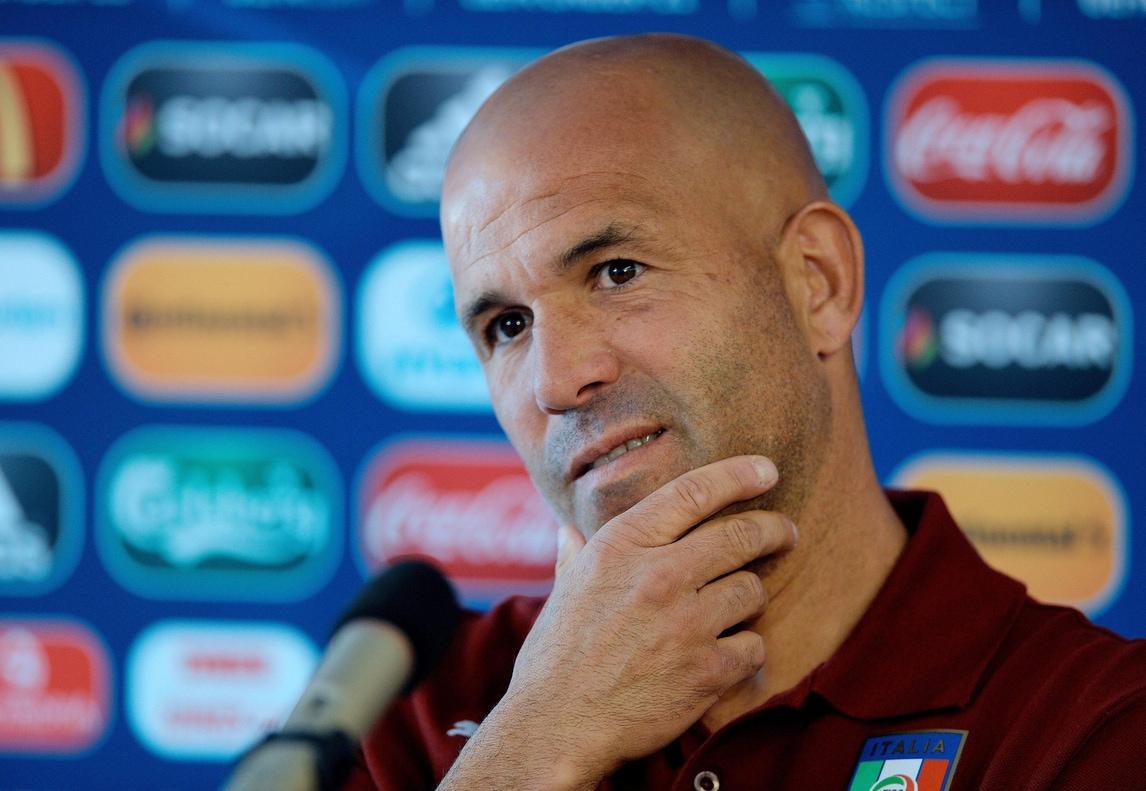 A tu per tu con Di Biagio: «Da Zeman a Lippi, il mio calcio fatto di sogni»