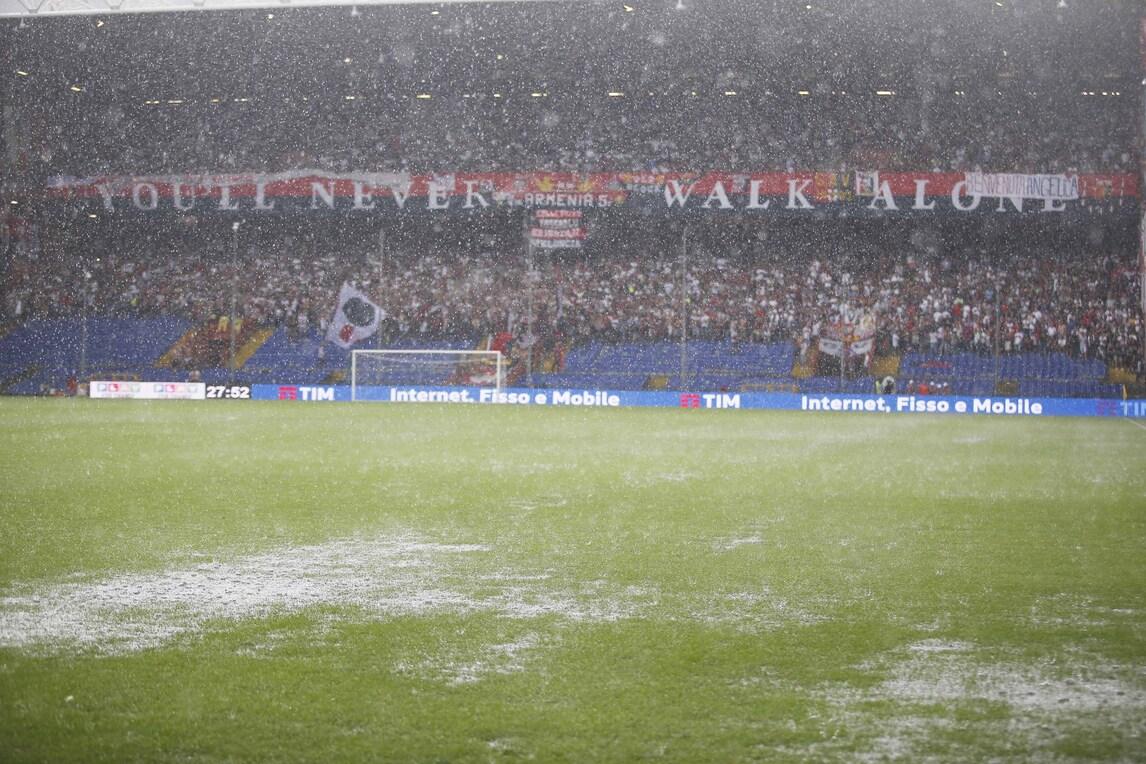 Genoa-Fiorentina: campo impraticabile, partita rinviata