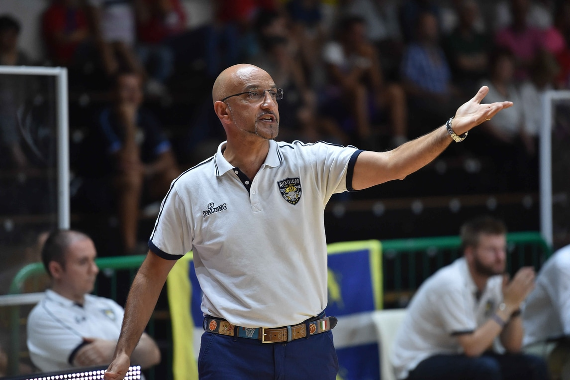 Basket Serie A, Harvey travolge Varese