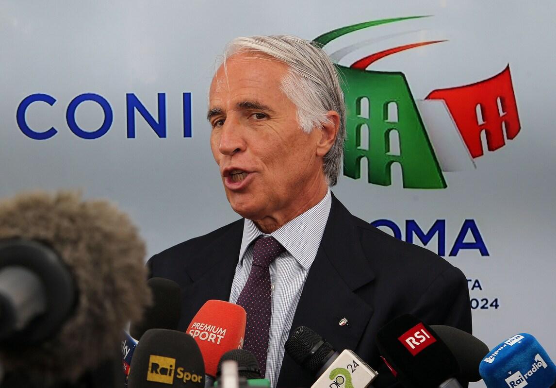 Roma 2024, Malagò: «Giusto che decida la Raggi»