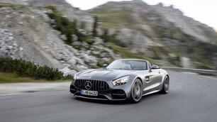 Mercedes AMG GT Raodster: foto