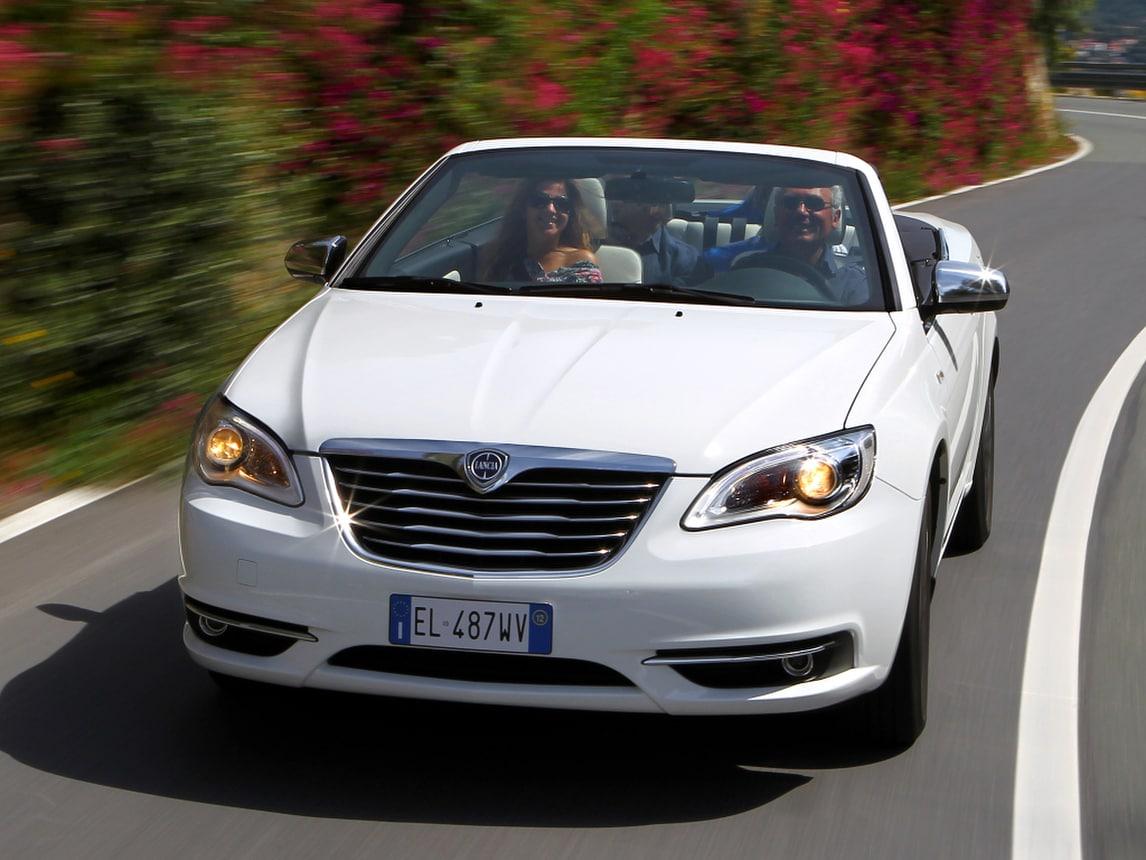 Airbag difettosi, FCA richiama 2 milioni di auto