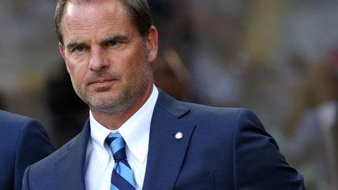 Inter, De Boer corre sul filo. Garcia o Leonardo alla finestra
