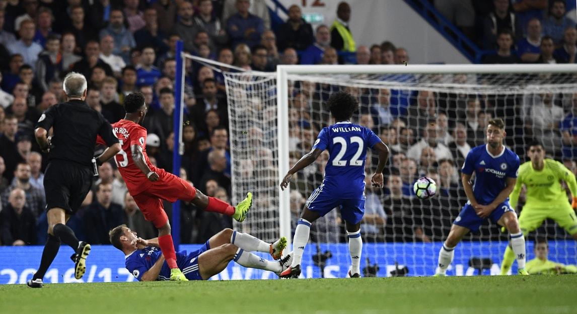 Premier League: Chelsea-Liverpool 1-2, Klopp batte Conte
