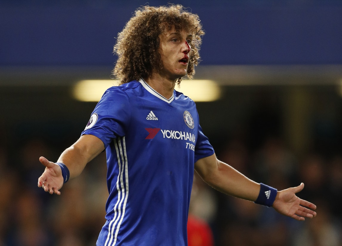 David Luiz 'al sangue': brutto infortunio al naso