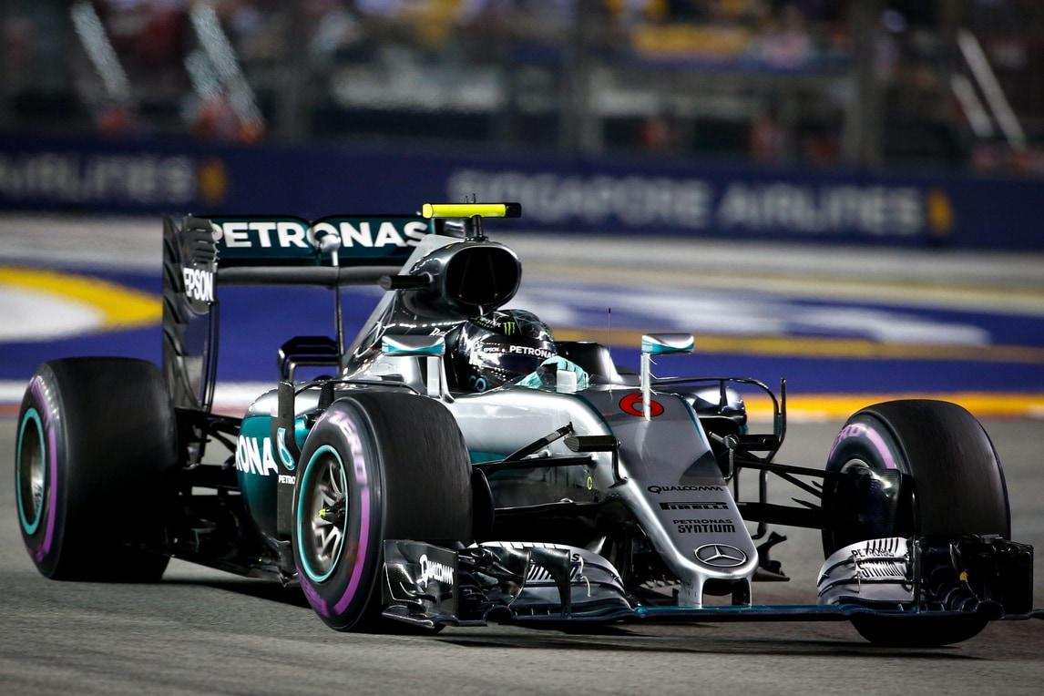 F1 Singapore: trionfa Rosberg, Raikkonen 4°. Vettel, che rimonta!