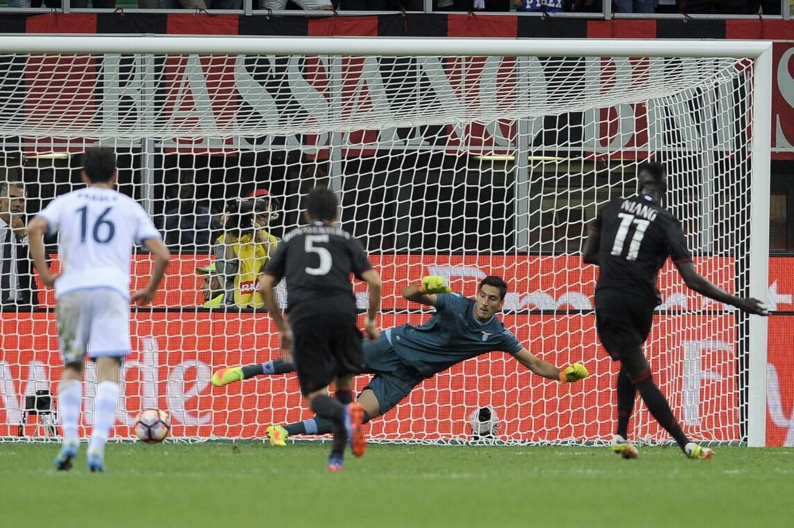 Moviola Milan-Lazio: Bacca e Kucka, decisioni giuste