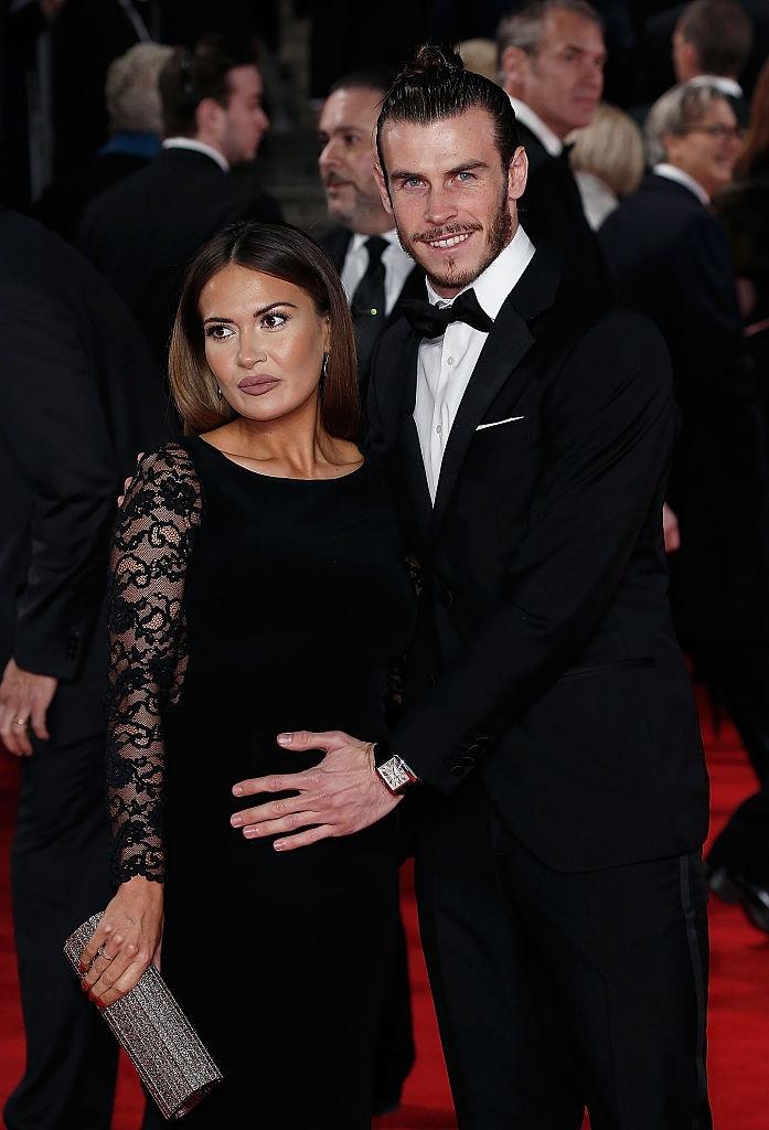 Paura per Bale, attacchi incendiari alla famiglia della compagna