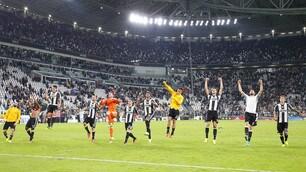Juventus-Cagliari, i top e flop bianconeri: Alex Sandro imprendibile, Pjanic c'è