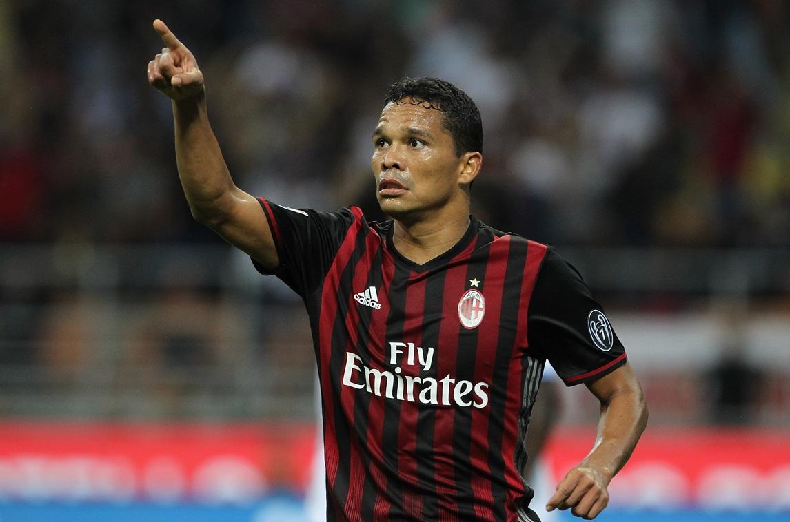 Calcio, hai la maglia del Milan? Rischi 80 frustate dal'lsis