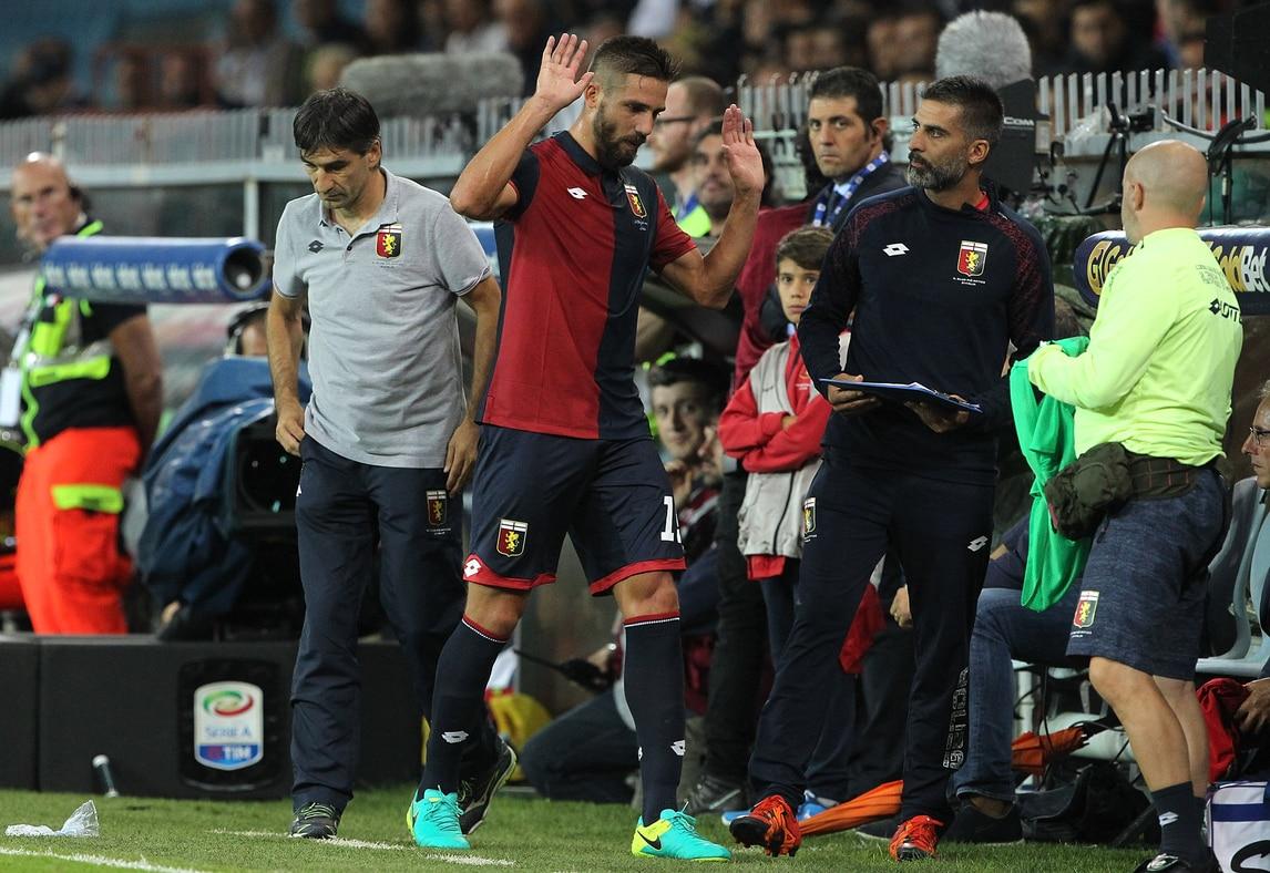 Serie A Genoa, Pavoletti out: problema al flessore