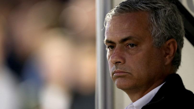 Mourinho contro Wenger: