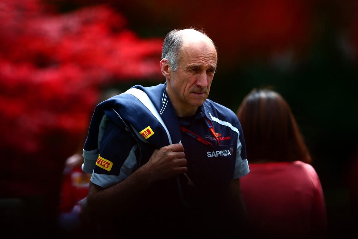 F1, Tost: «Fondamentale tenere Sainz per il 2017»