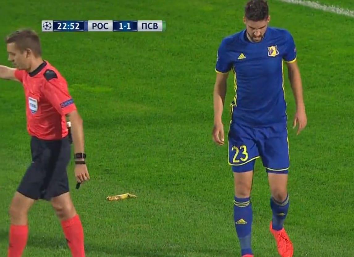 Champions, banana in campo: Rostov sotto la lente dell'Uefa