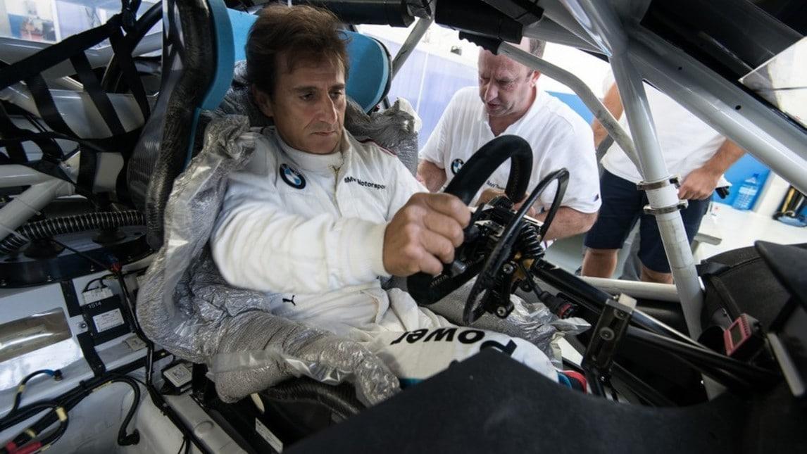 Alex Zanardi torna in pista con BMW: foto