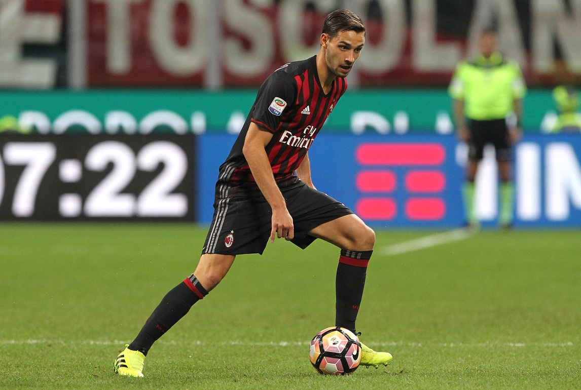 Serie A Milan, De Sciglio: «Il secondo posto per noi è importante»