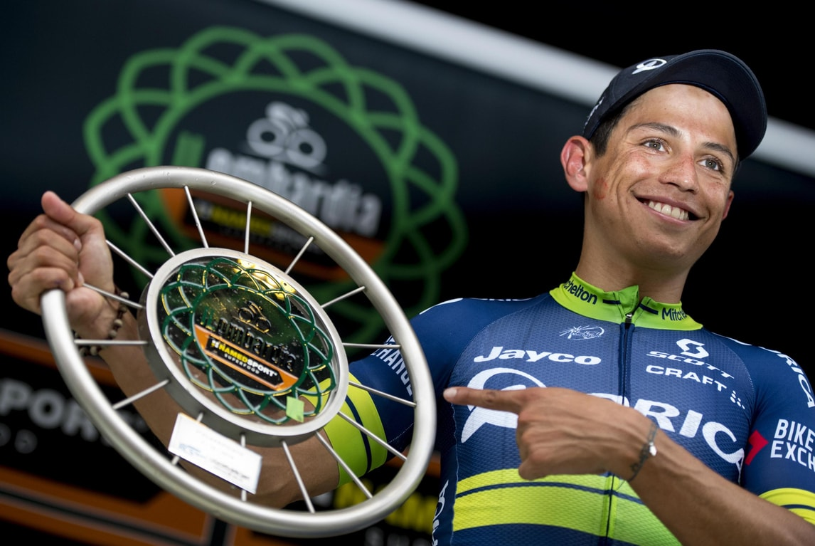 Ciclismo: Chaves vince il Lombardia, secondo Rosa