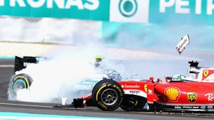 F1 Malesia, Vettel subito fuori: scontro con Rosberg