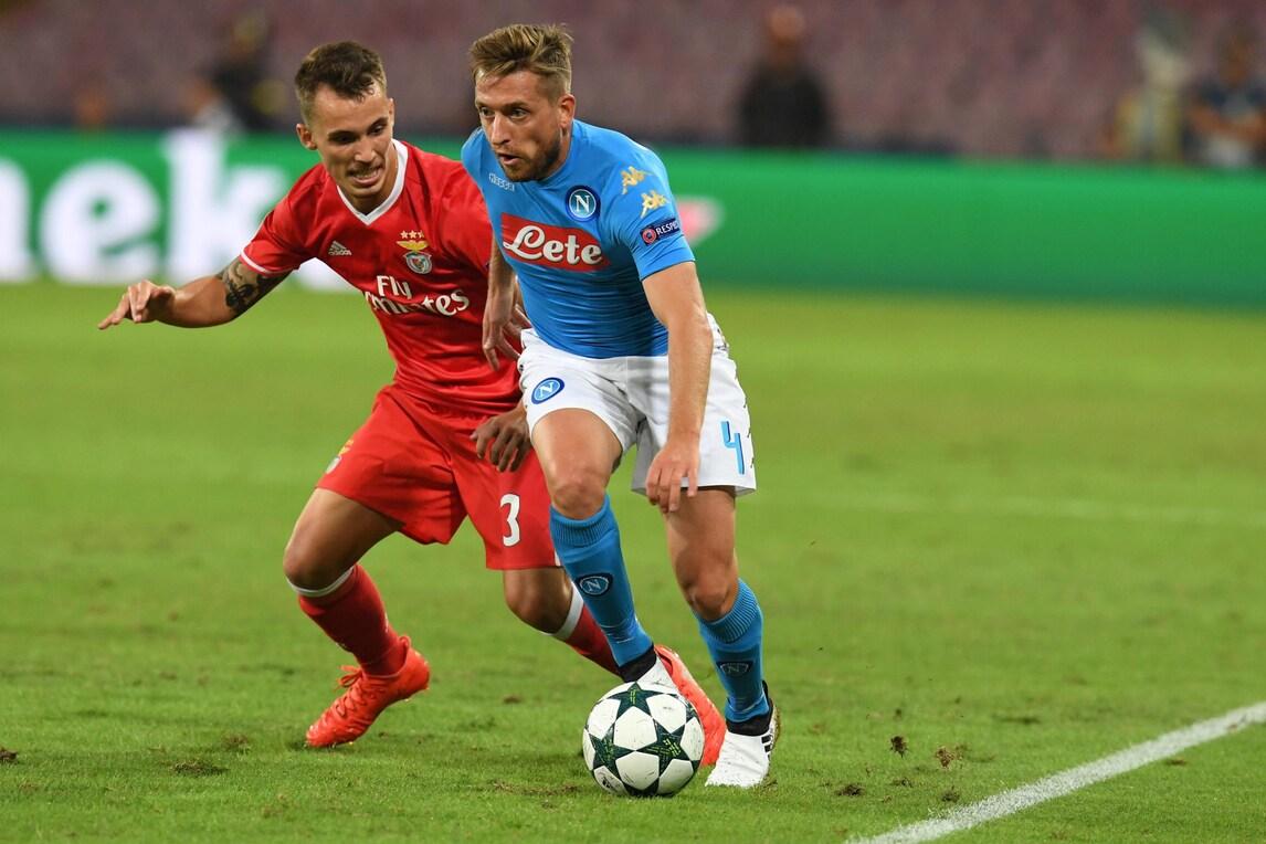 Calciomercato: «La Juventus vuole Grimaldo, ma la concorrenza è tanta»