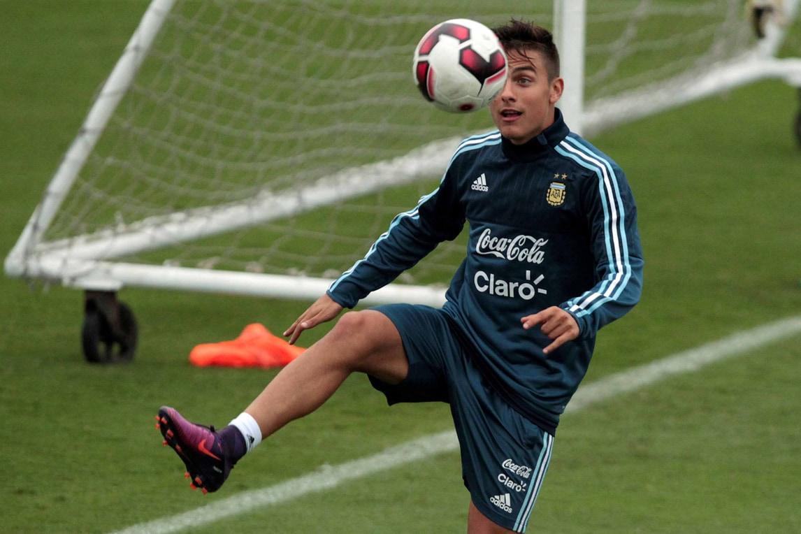 Dybala: «Io al Barcellona? Notizie senza senso. Rinnoverò con la Juventus»