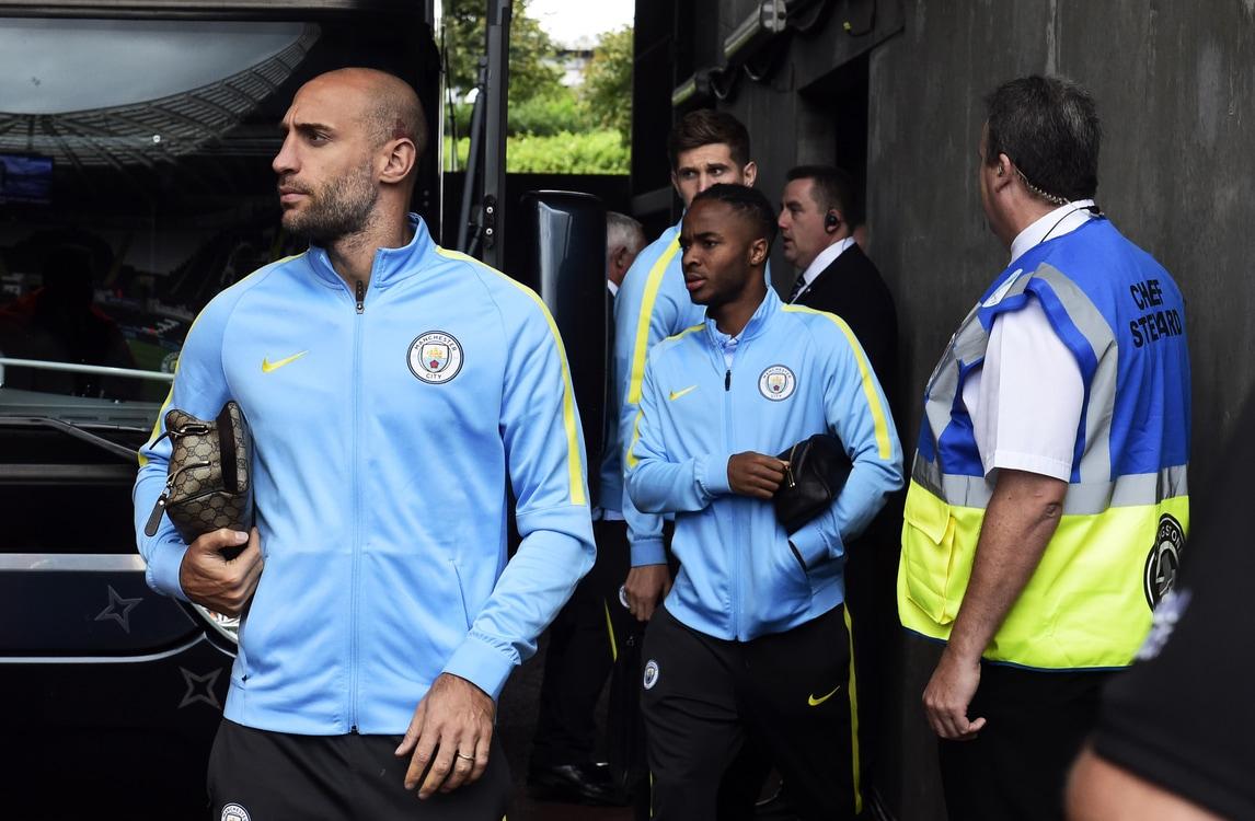Manchester City, Zabaleta: «Con Guardiola wifi vietato»