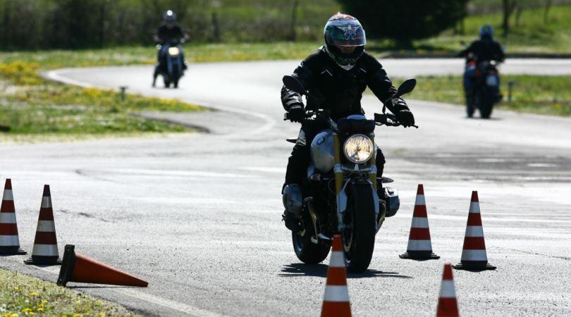 Aci, corsi di guida sicura per le due e quattro ruote