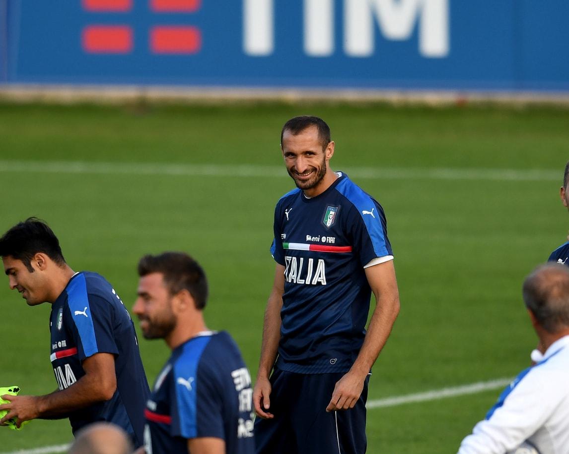 Juventus, botta al polpaccio per Chiellini con l'Italia