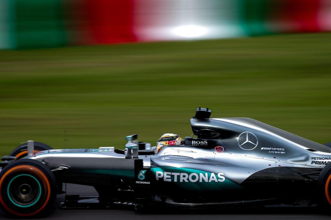 F1, Giappone: Mercedes protesta contro manovra Verstappen