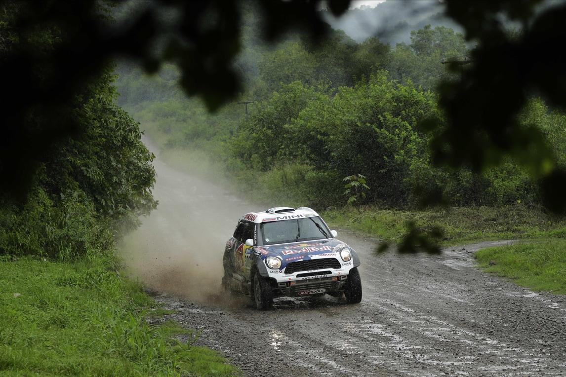 Rally: auto sbanda fra la folla, un morto a San Marino