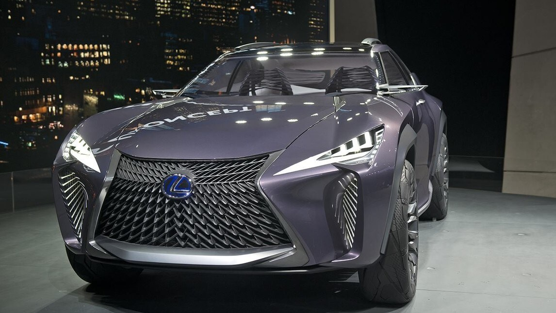 Lexus UX Concept al Salone di Parigi 2016