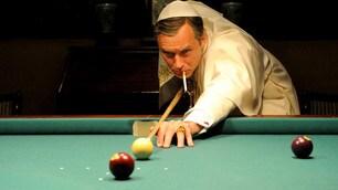 """La serie tv di Sorrentino: Jude Law è """"The Young Pope"""""""