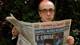 Silvio Orlando legge il Corriere dello Sport-Stadio nel film The Young Pope