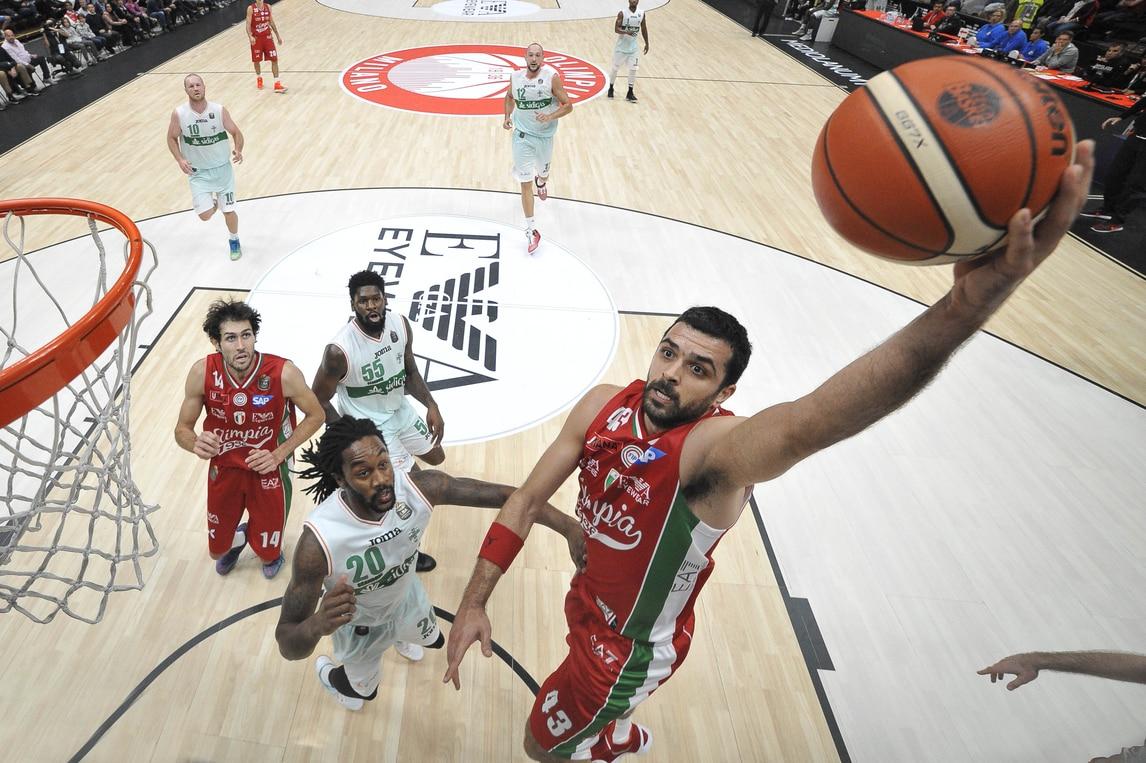 Basket Eurolega, domani l'esordio dell'EA7 col Maccabi