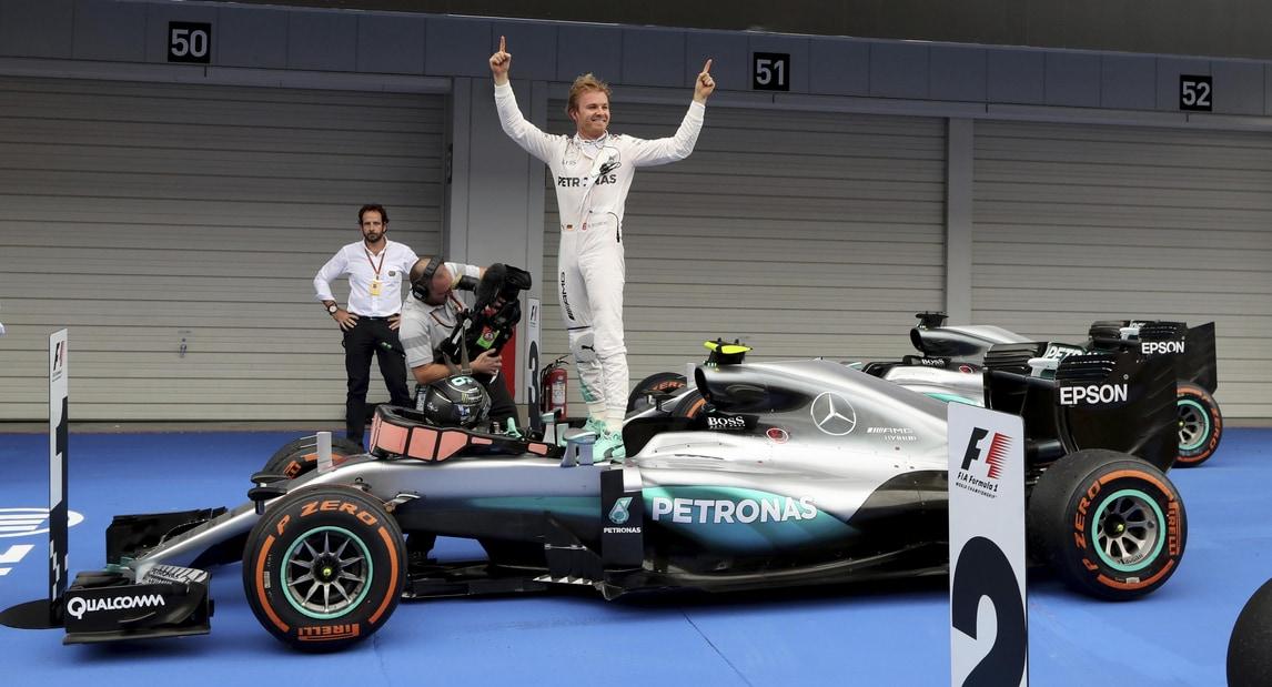 F1, per il team Mercedes 24,7 milioni di perdite nel 2015
