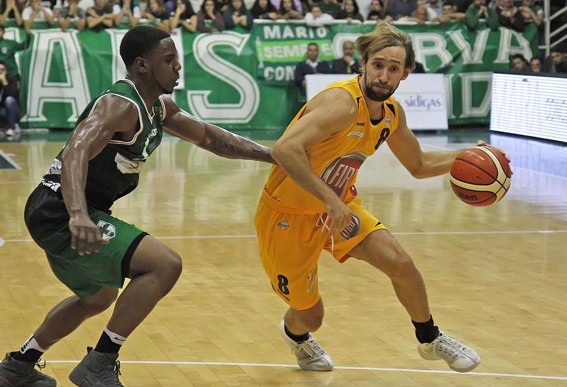 Basket Serie A, Poeta crede in Torino