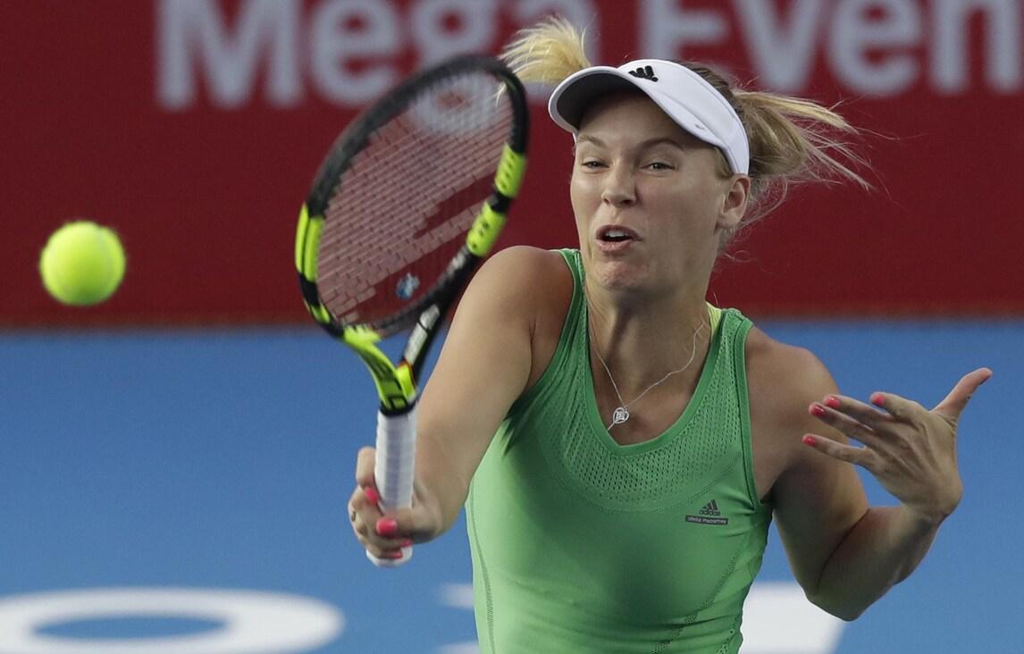 Hong Kong, la Wozniacki in semifinale