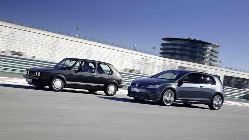 Volkswagen Golf, a settembre arriva il restyling