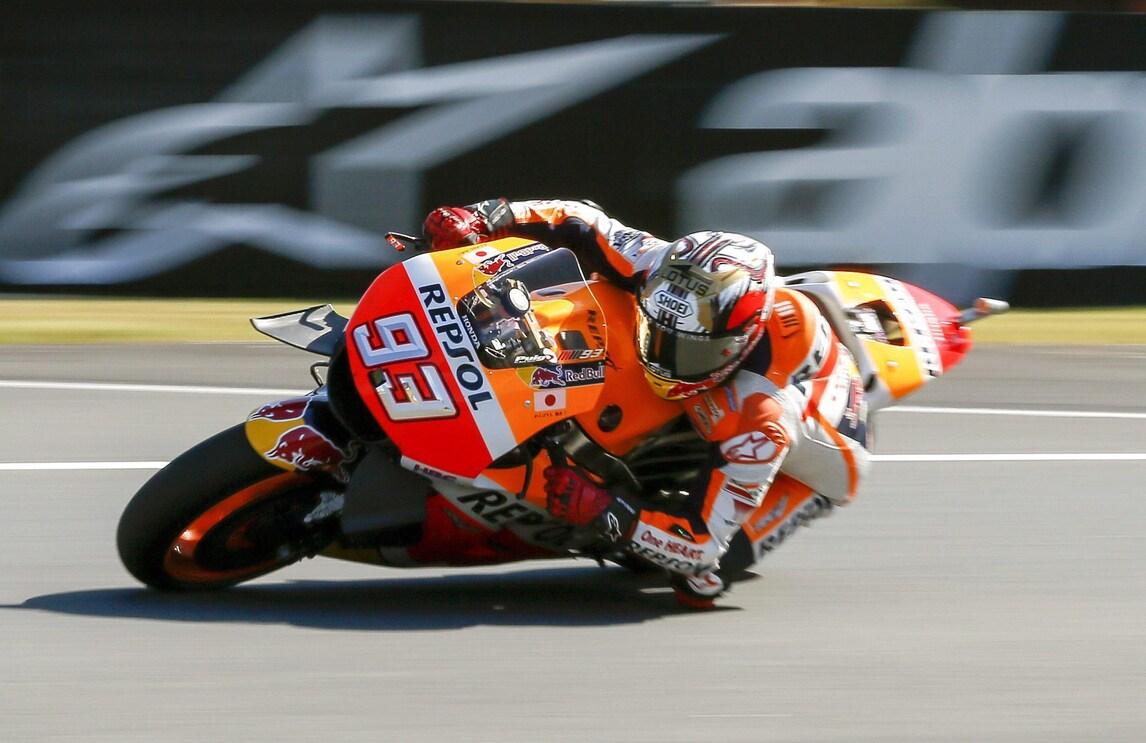 MotoGp Giappone: Marquez avanti, Rossi settimo. Lorenzo, che brivido!