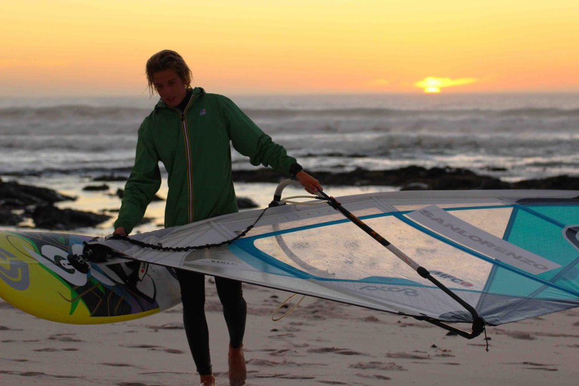 Windsurf wave: in acqua con Federico Morisio