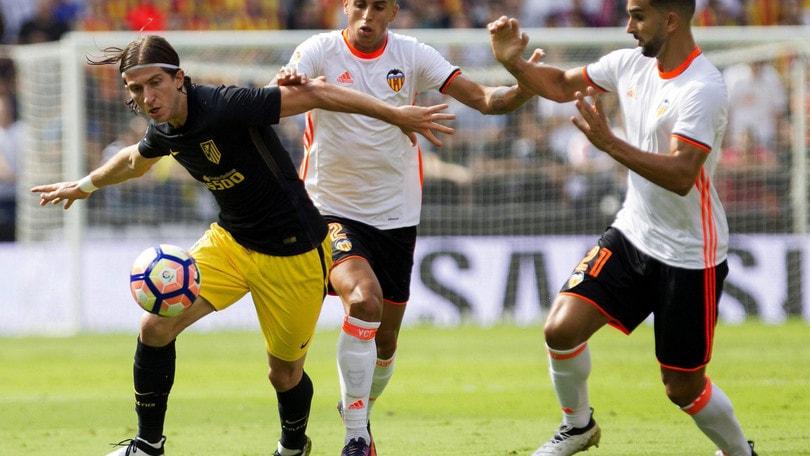 Calciomercato: «Mourinho soffia Cancelo a Luis Enrique»
