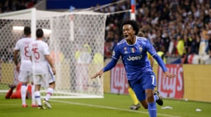 Lione-Juventus 0-1: le immagini della faticosa vittoria bianconera