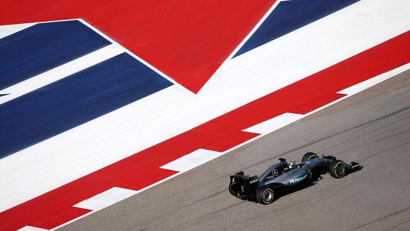 F1, Austin: Hamilton in pole, terza fila Ferrari