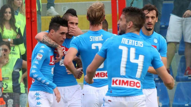 Serie A, Crotone-Napoli 1-2. Callejon-Maksimovic, Sarri torna a vincere
