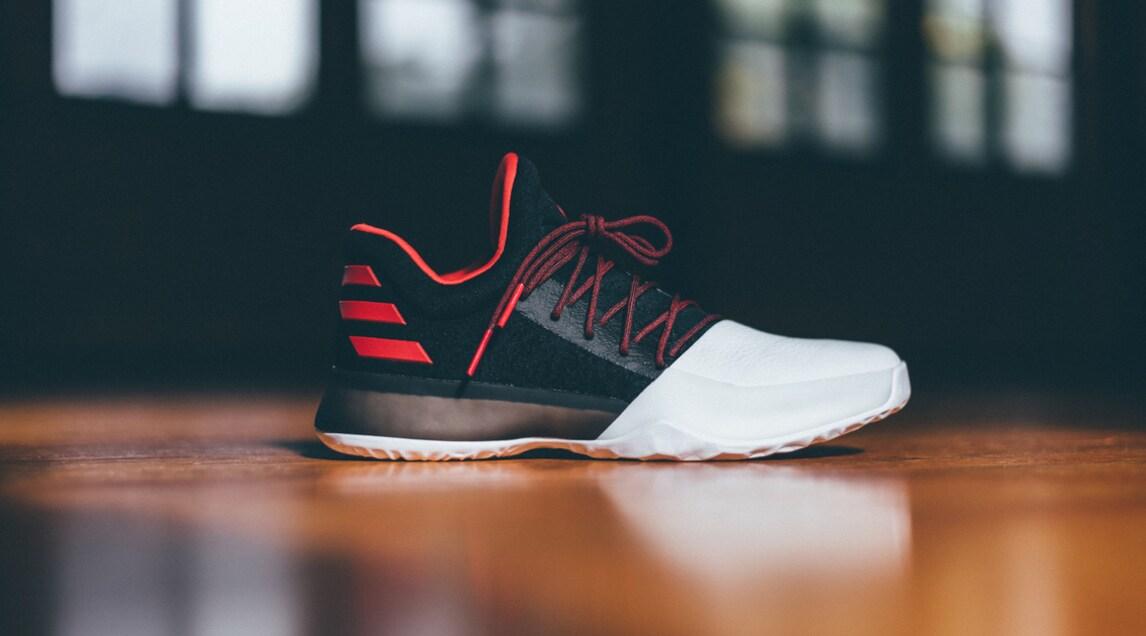 La Dello Adidas Firmata Nba Corriere Harden Scarpa Di Sport James fqdWH6Z